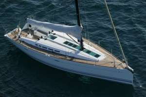 Yacht in blue waters: winning the lottery could buy you this!