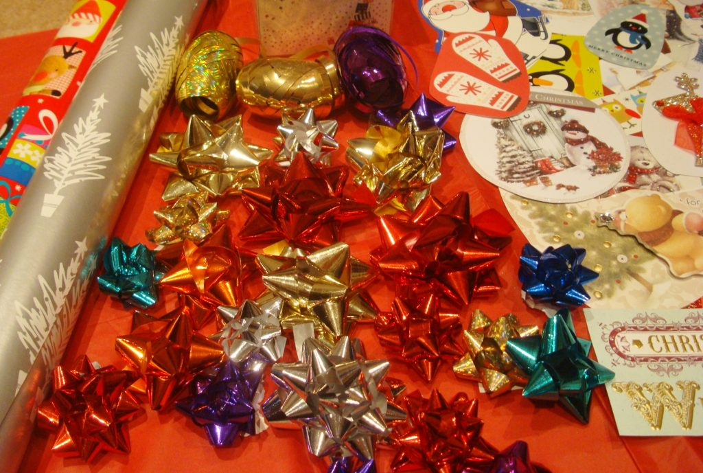 Save money on Christmas necessities - recycle gift bows